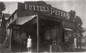 Potten's General Store and Post Office in Sunnybank, Brisbane, 1937. (John Oxley Library, State Library of Queensland. 211476)